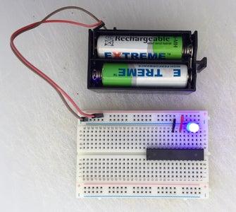 How to Make and Program an Absolutely Minimalistic Barebone Arduino Running the Internal Clock