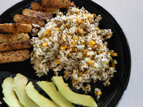 Picture of EASY ONE POT Rice Cooker COOKING: Rice,Quinoa, Veggies - Gluten Free and Vegan
