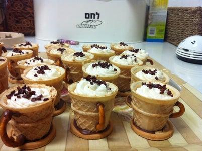 Decorated Dessert - Sweet Little Espresso Cups