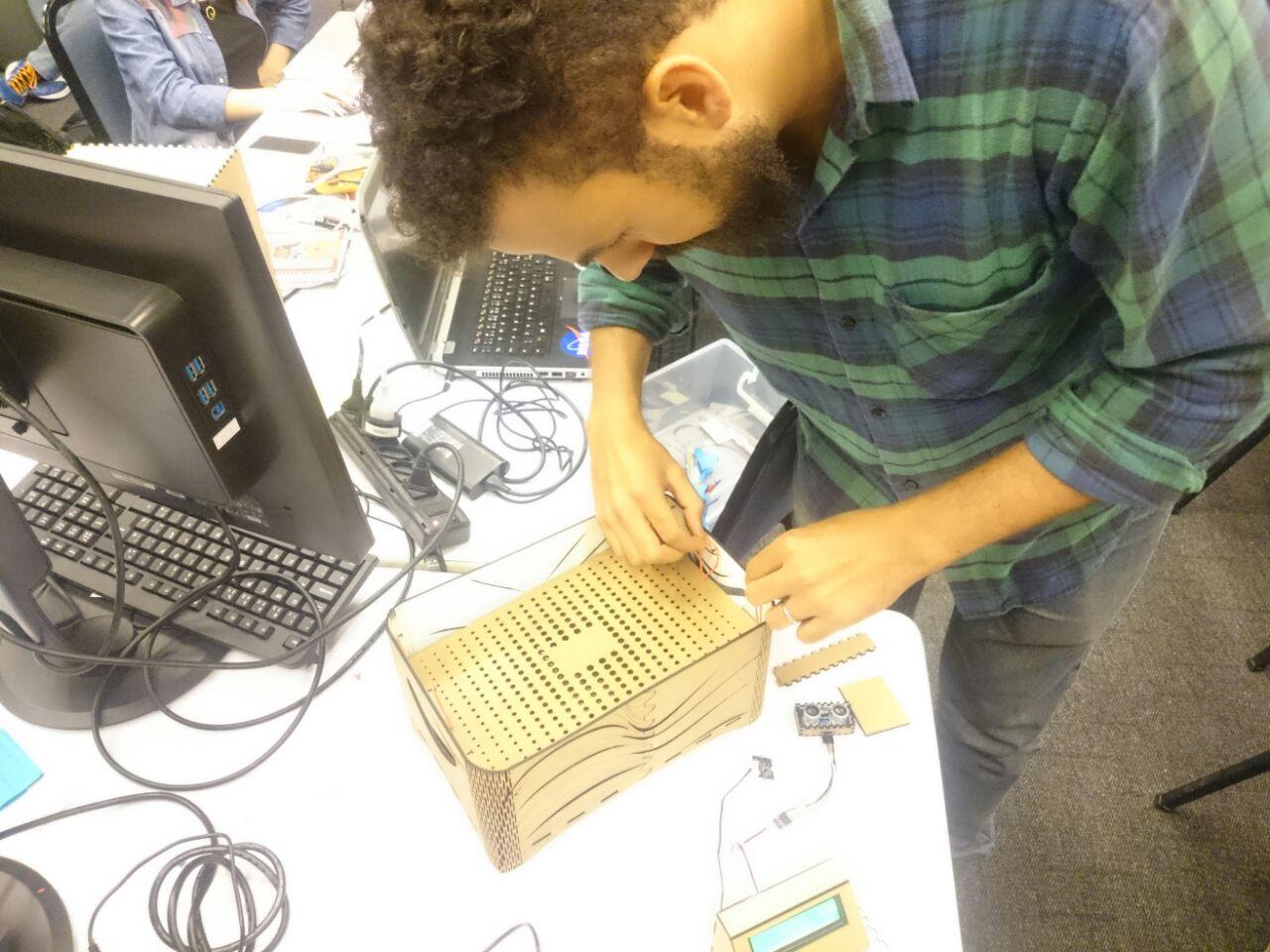 Picture of  Construindo a Estrututa Da SmartCrate