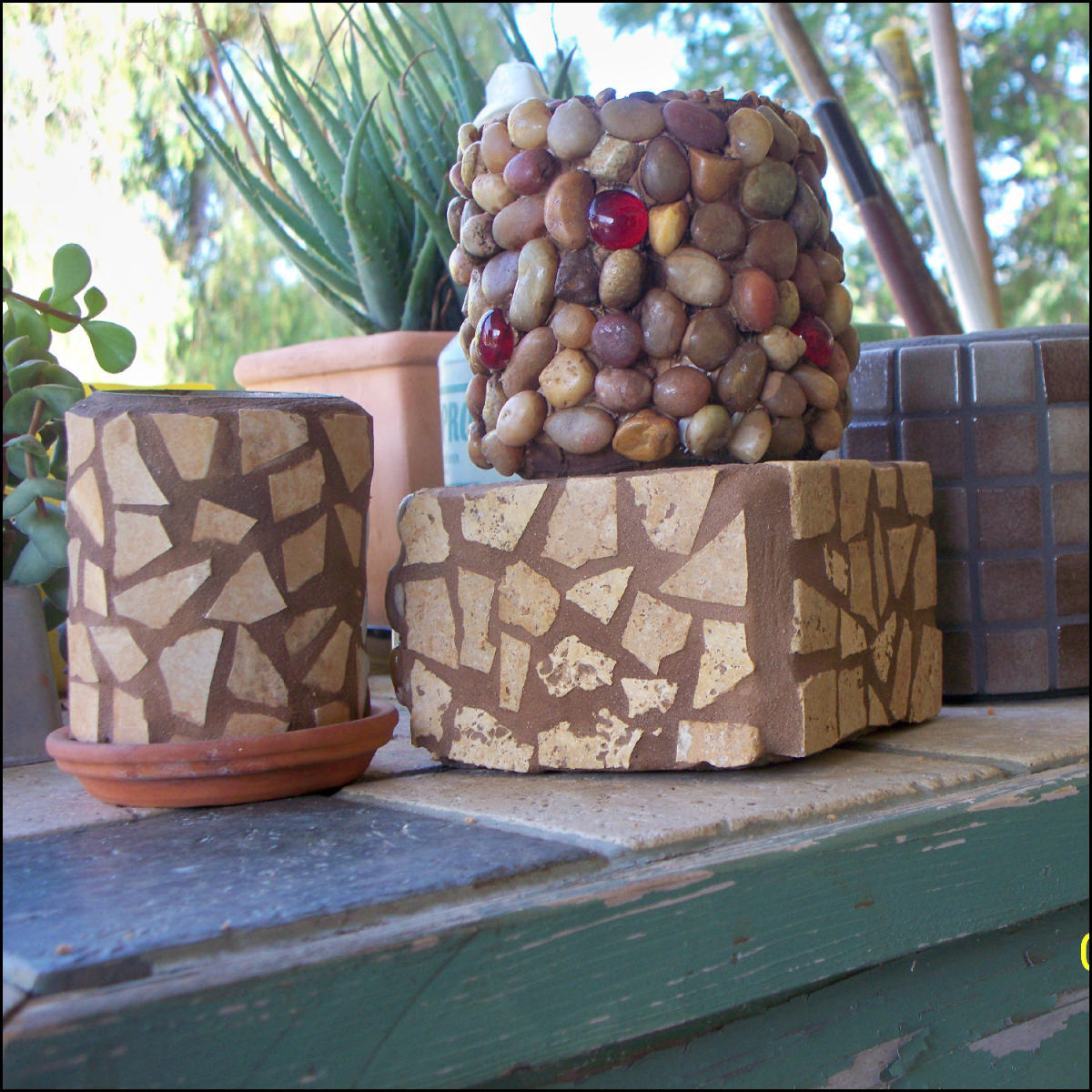 Picture of Can Art:Pebble Cans and Other Delights