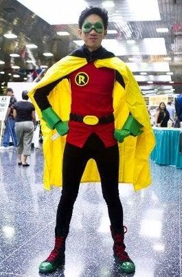 "How to Make a Batman ""Robin: Damian Wayne"" Costume"