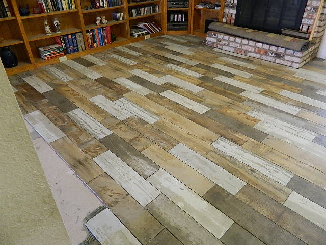 Picture of How to - Lay a Reclaimed Wood Look Porcelain Floor Tile