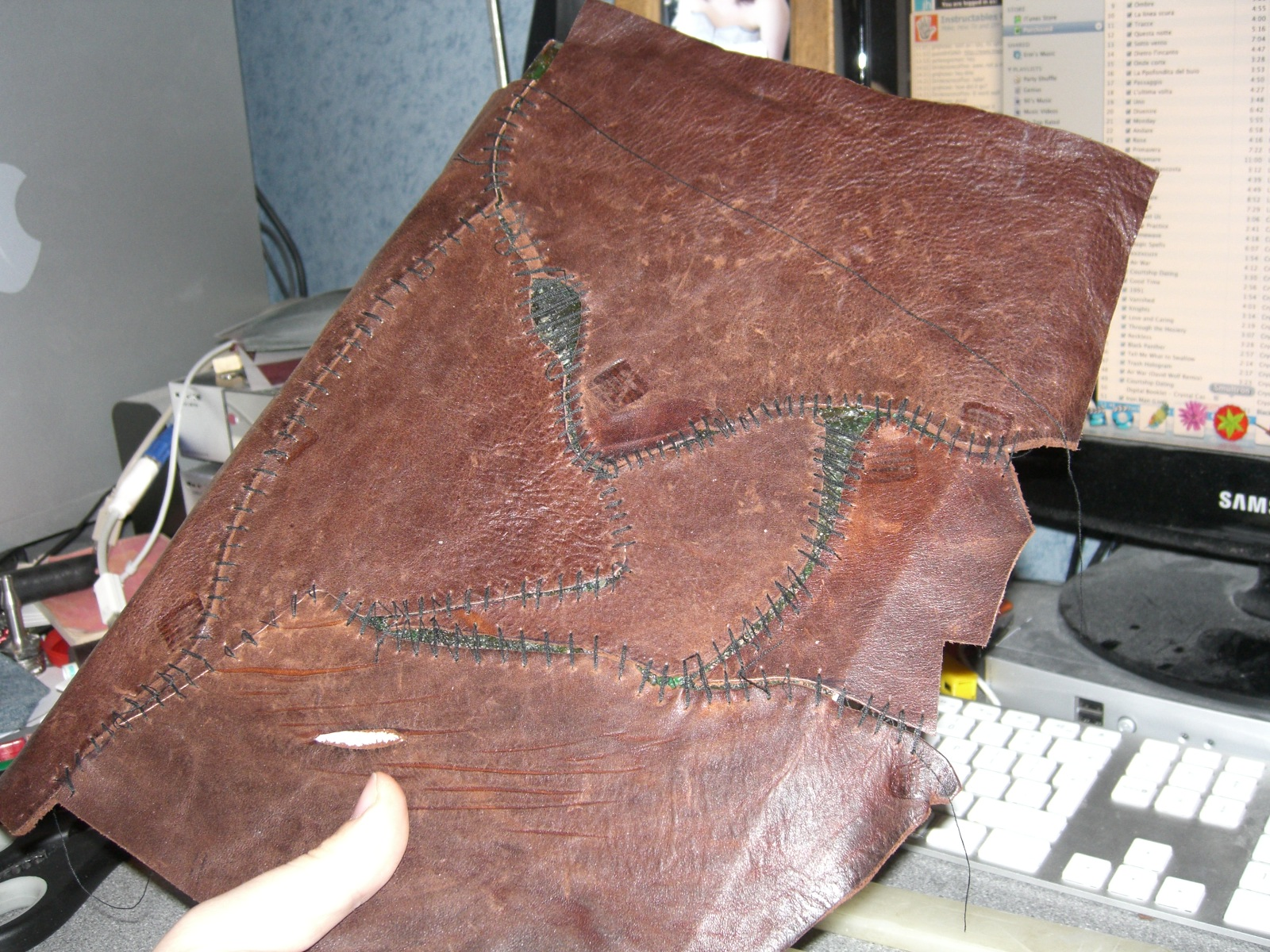 Picture of Leather Jigsaw.