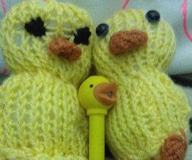 Knit Fluffy Duckies (Sqaishey Quack)