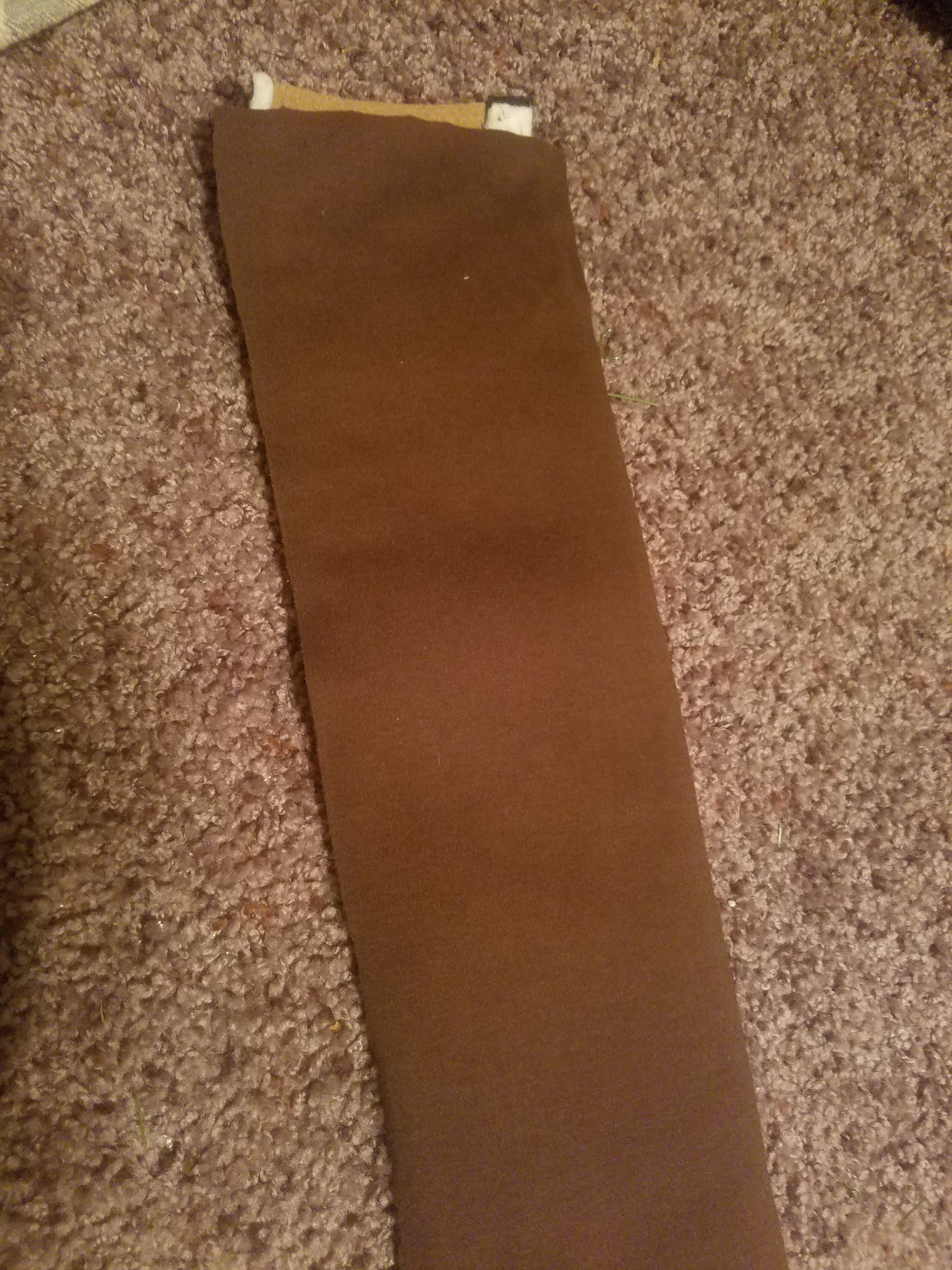Picture of Sewing Linen to Edges
