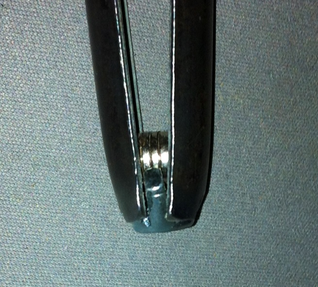Picture of USING  THE  KEY  MAGNETIC  DRIVER