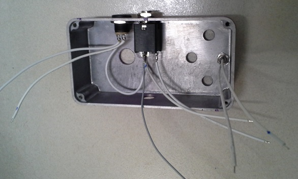 Picture of Mounting the Input Connector