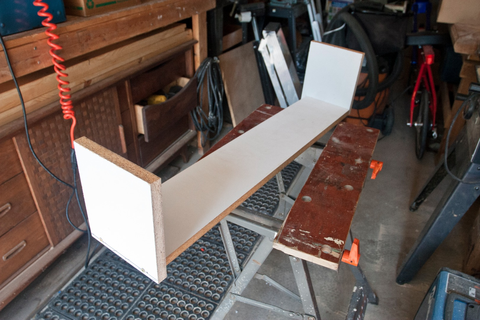Picture of Assembling the Outer Form