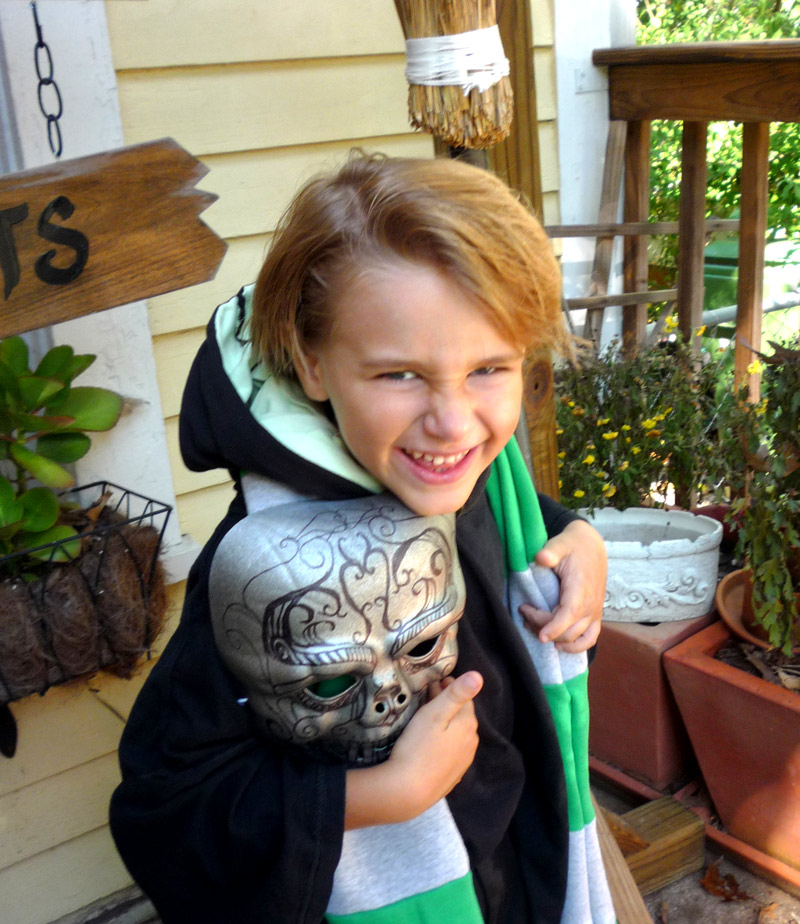 Picture of Draco Malfoy - Death Eater (kids Robe, Mask, Scarf and Other Harry Potter Stuff)