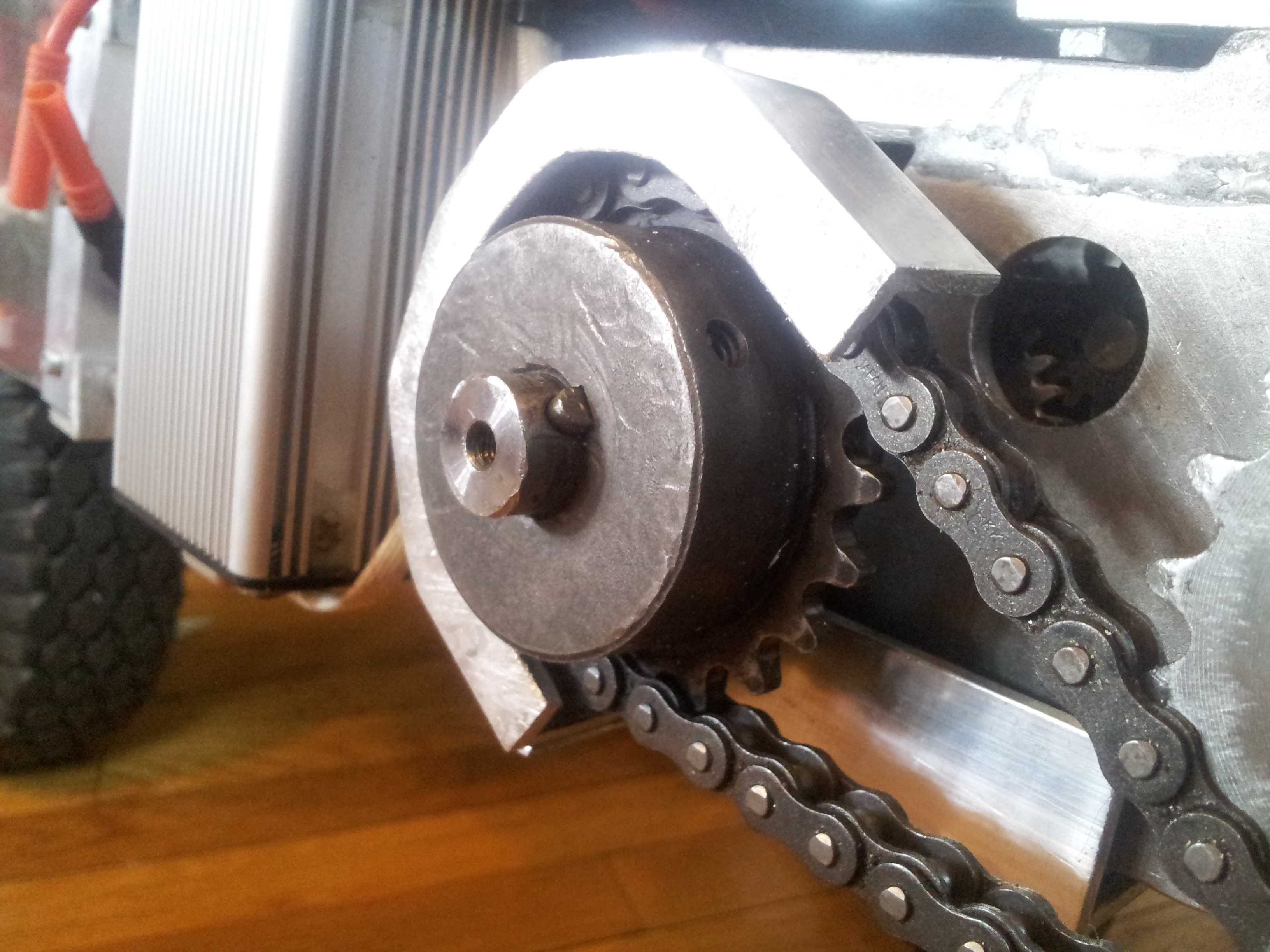 Picture of Chain Tensioner and Idler Configuration