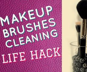 MAKEUP BRUSHES CLEANING LIFEHACK