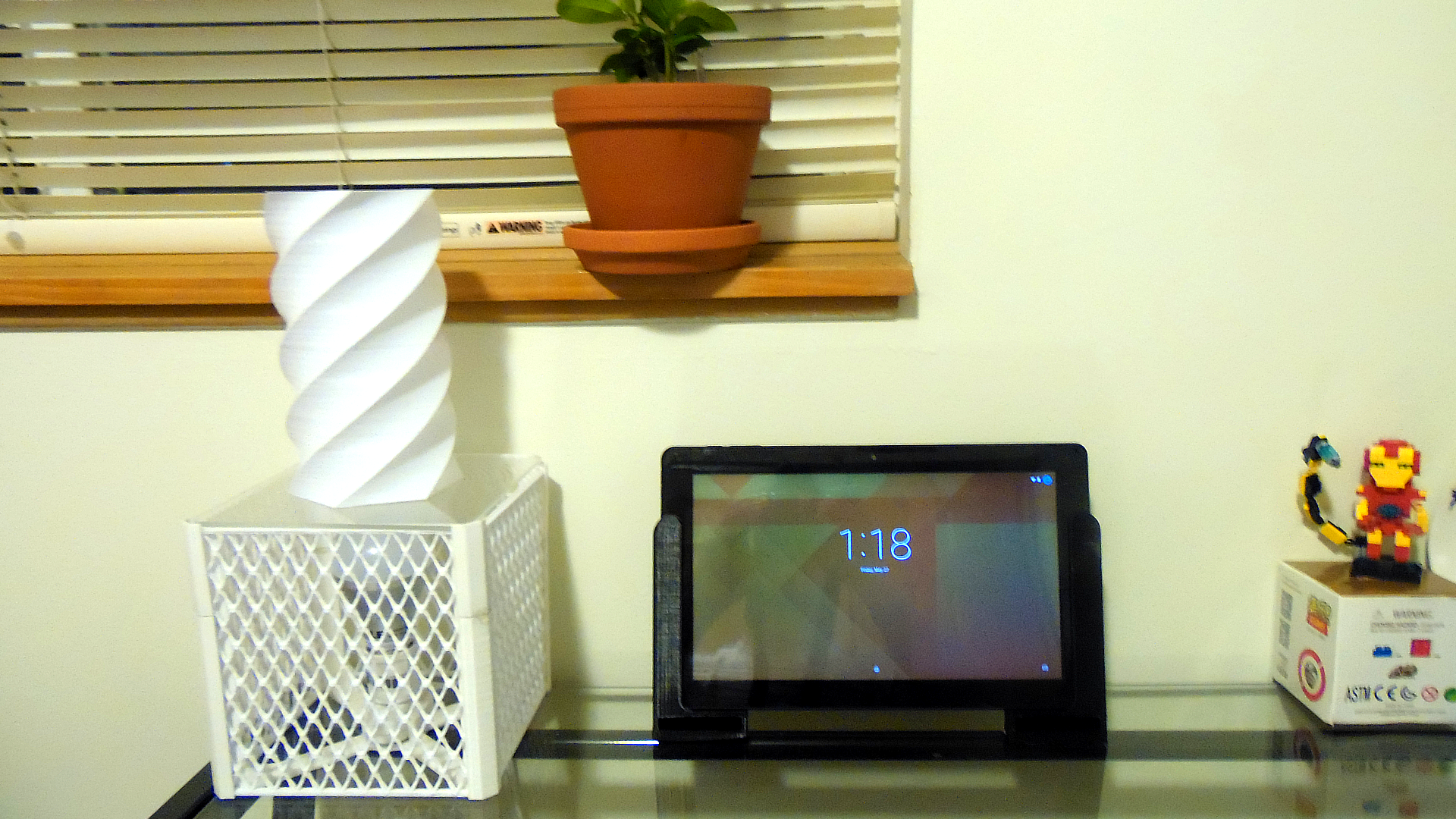 Picture of 3D Printed Tablet Speaker Amplifying Stand Handles