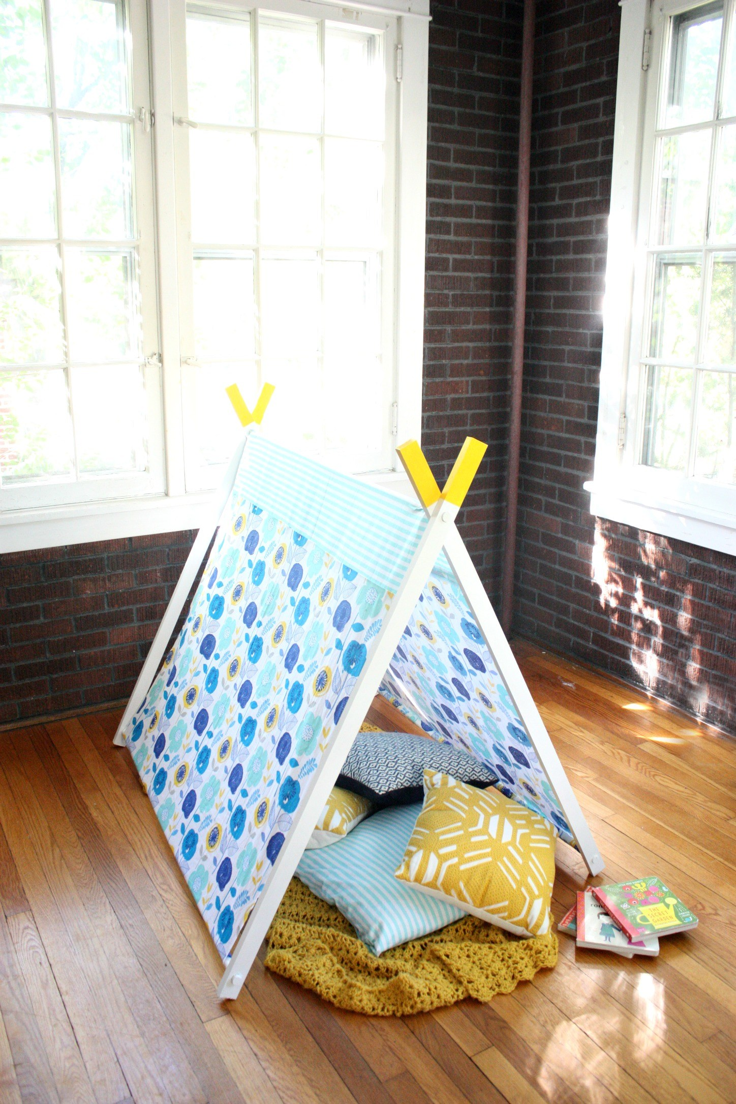 Picture of DIY A-Frame Play Tent