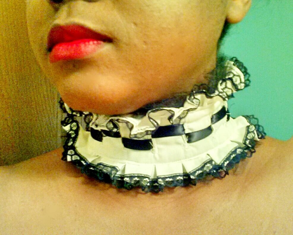 Picture of DIY Checkered Detail Lolita Collar