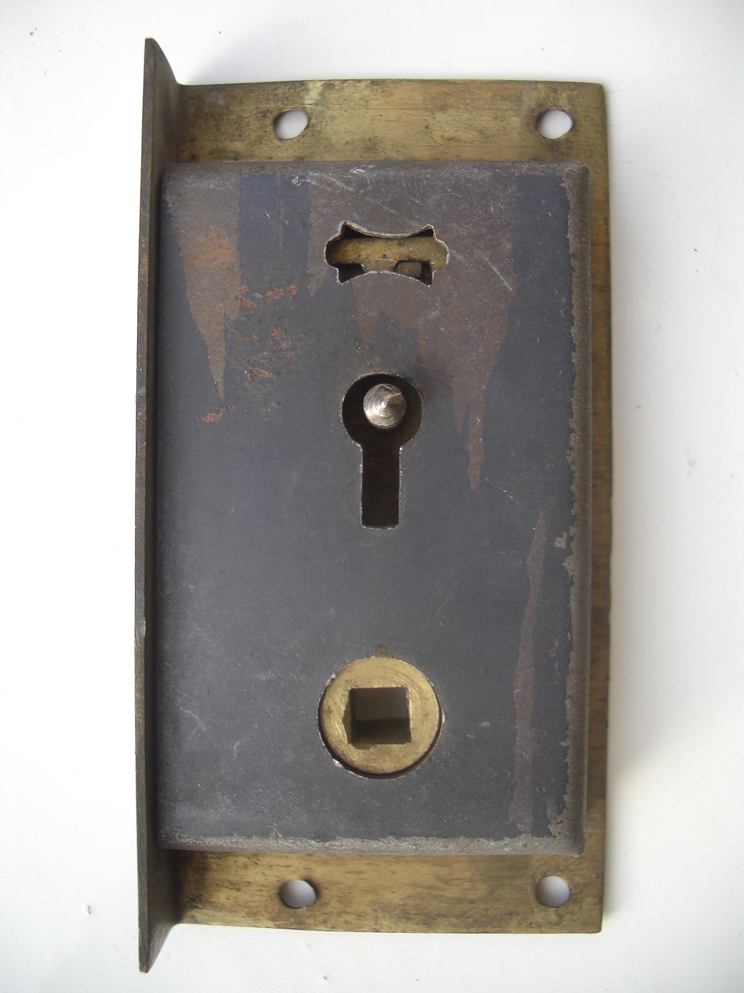Picture of Repair a Broken Cupboard Catch