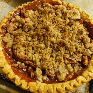 World's Easiest Apple Pie