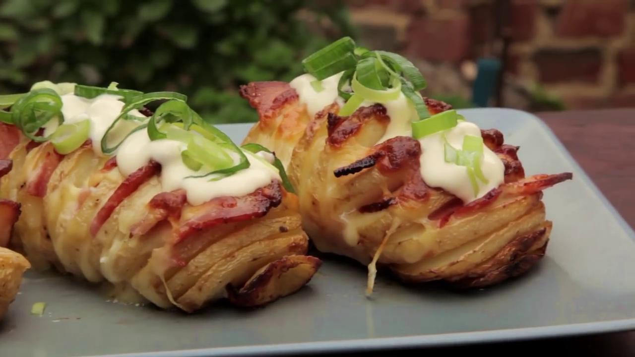 Picture of How to Cook Loaded Hasselback Potatoes