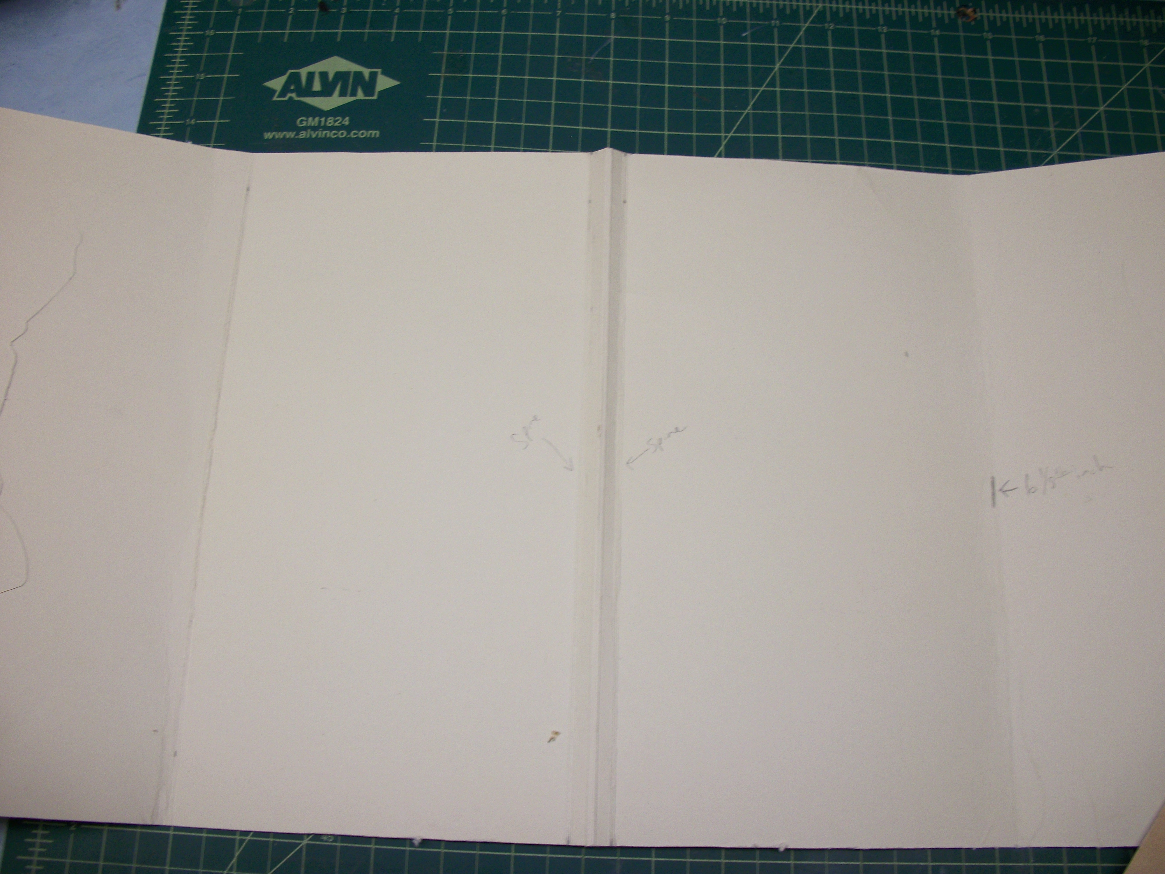Picture of Marking and Scoring the Inside Pockets