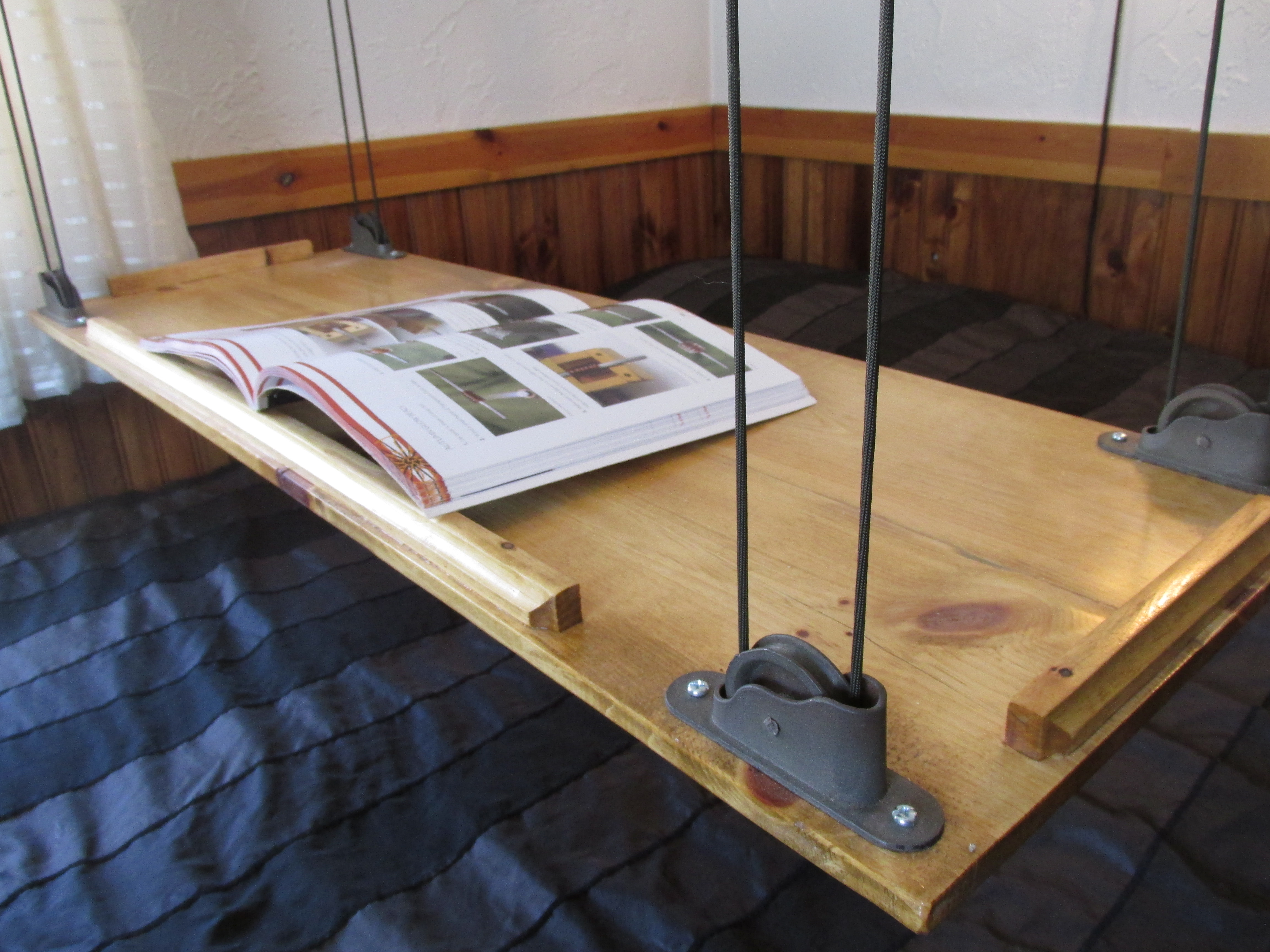 Picture of Paracord and Pulley Hanging Table