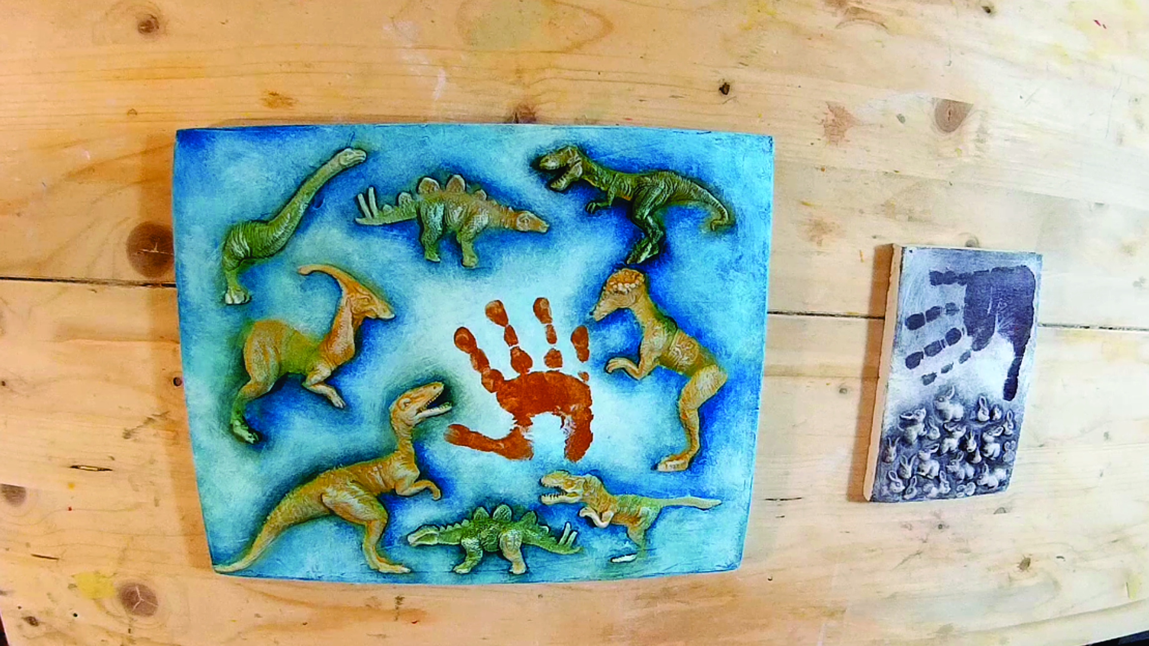 Picture of Paint Your Board and Make the Baby Handprint