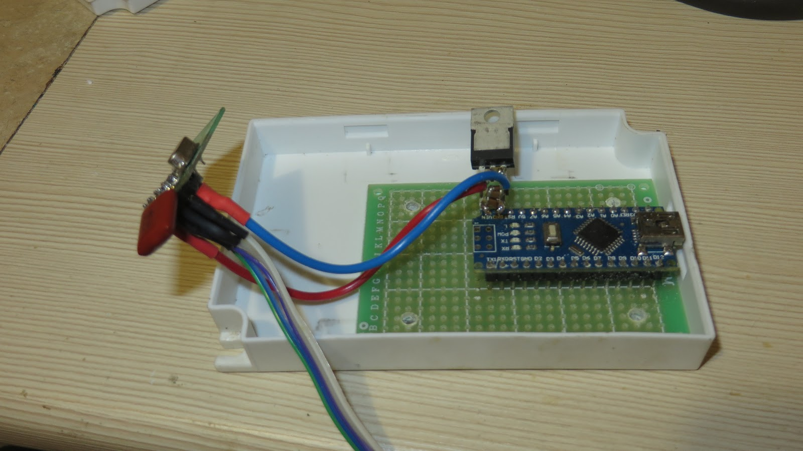 Picture of Assembly: ​Another Device to Set the Message Via RF Channel.
