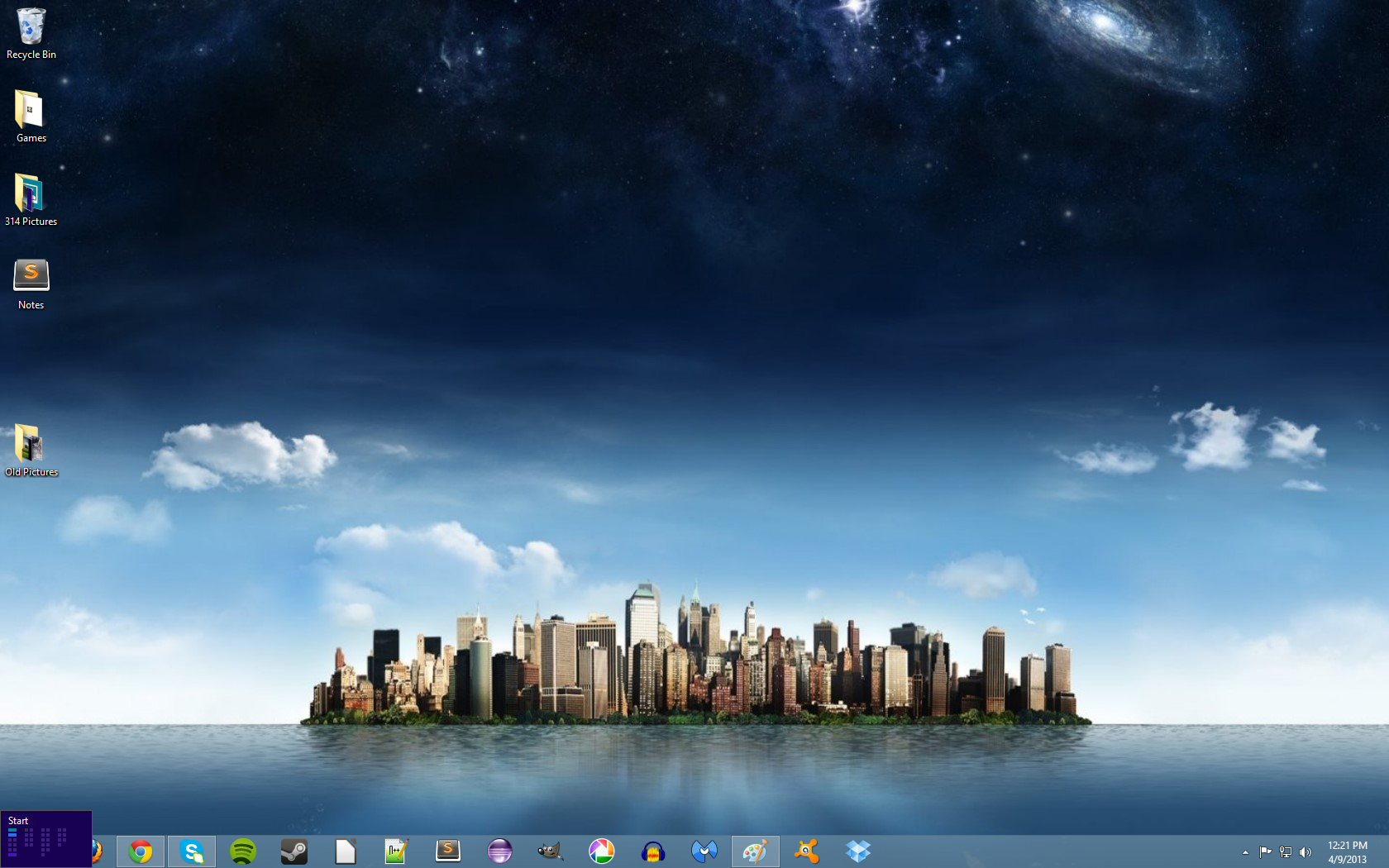 Picture of Windows 8 Tricks: Using the Corners and Charms Bar.