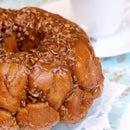 Pumpkin Spice Caramel Pecan Monkey Bread