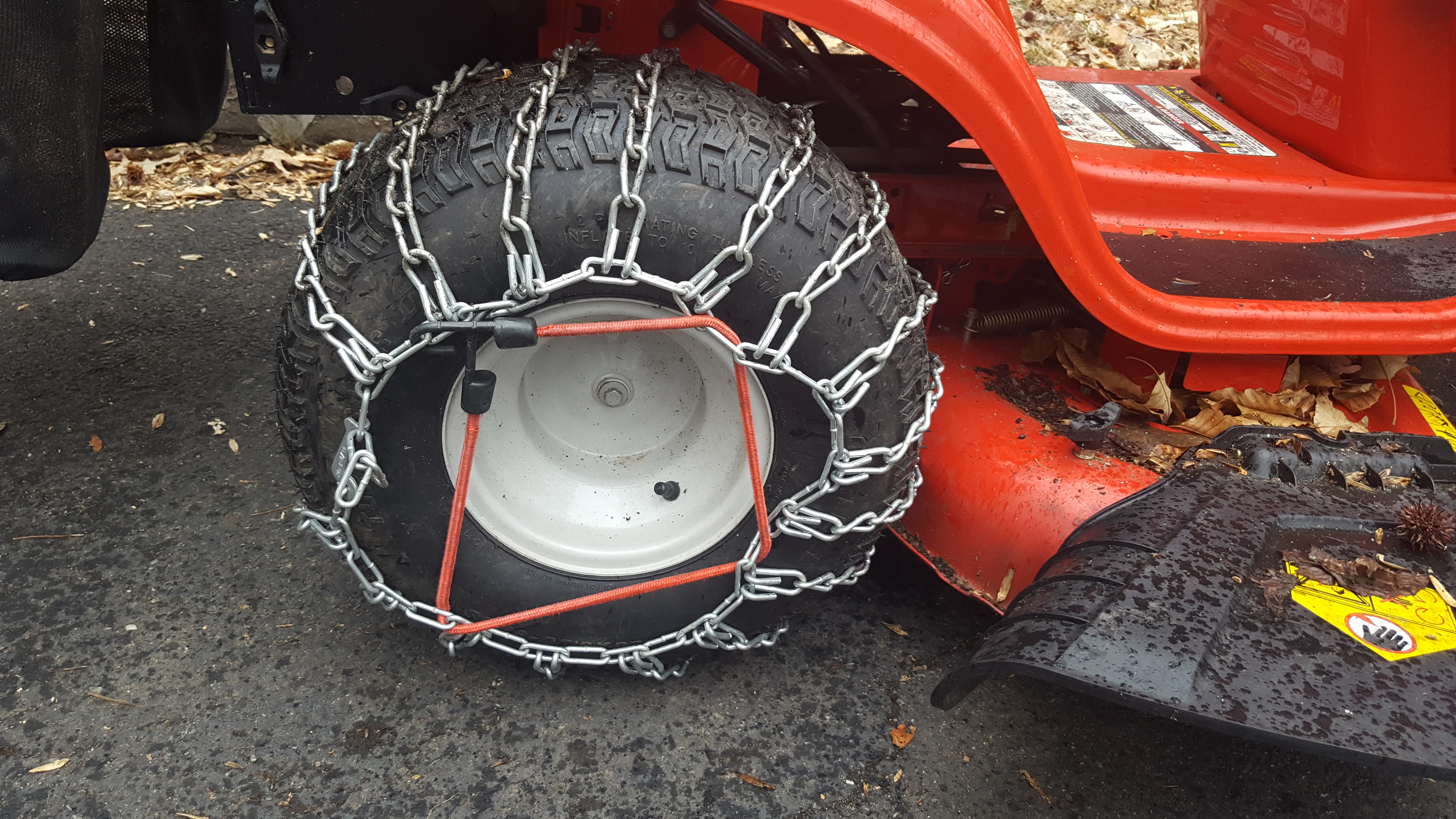 Picture of How to Mount Tire Chains to a Tractor