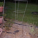 Easy Nice Looking Yard Plant Stand