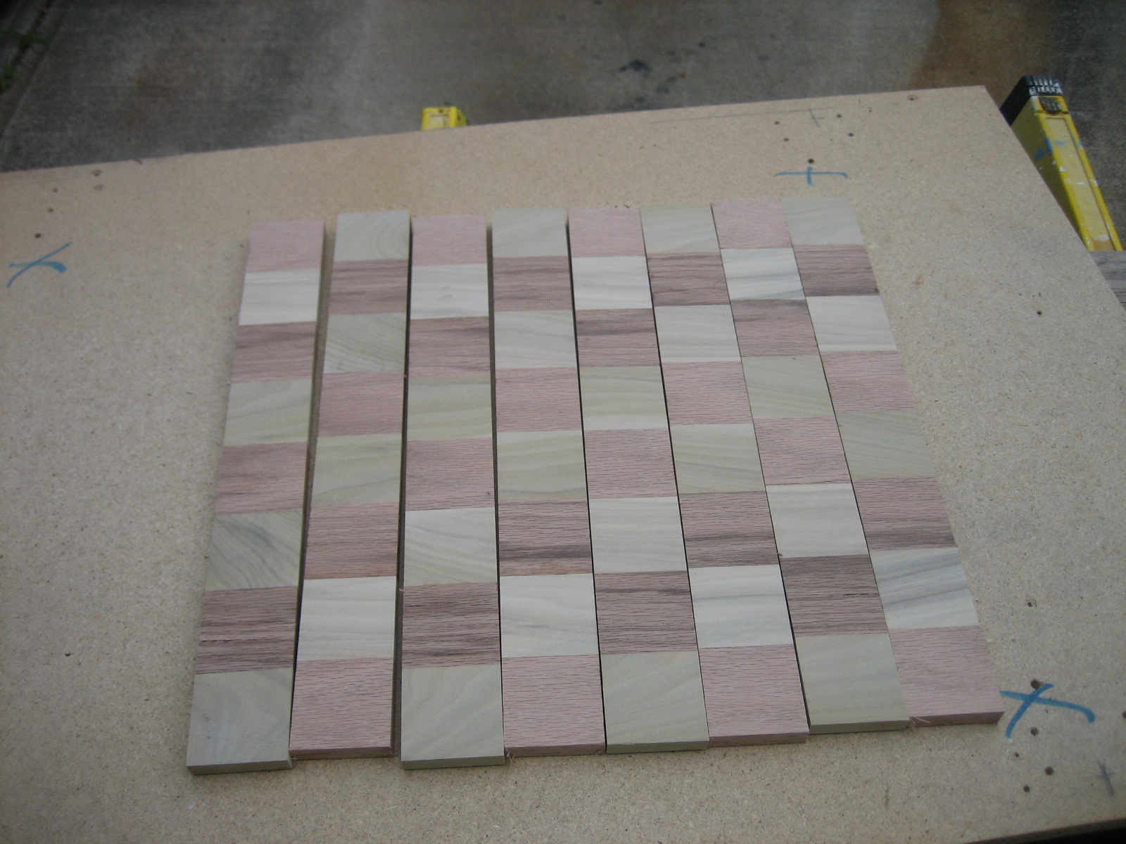 Picture of THE ALTERNATING SQUARES