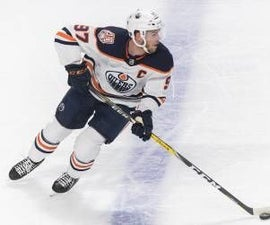 Tips and Tricks on How to Be a Perfect Centreman in Hockey