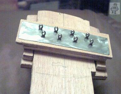String Attachment, Scratchplates