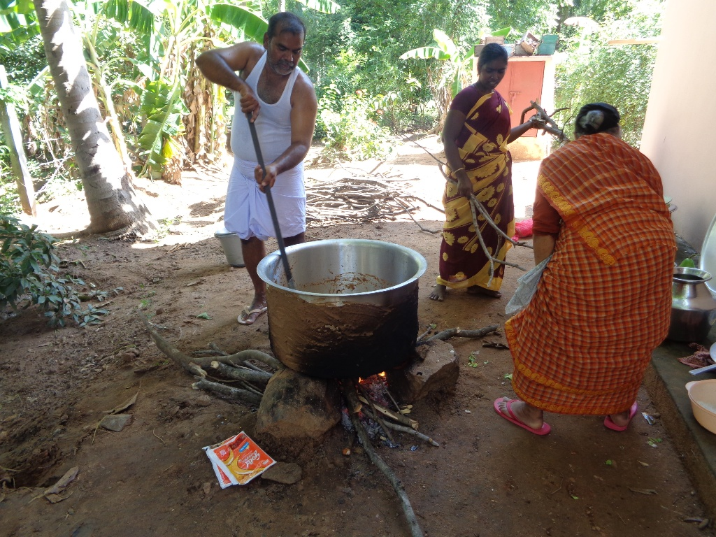 Picture of Outdoor Cooking : Mutton Biriyani for the Family Get-together