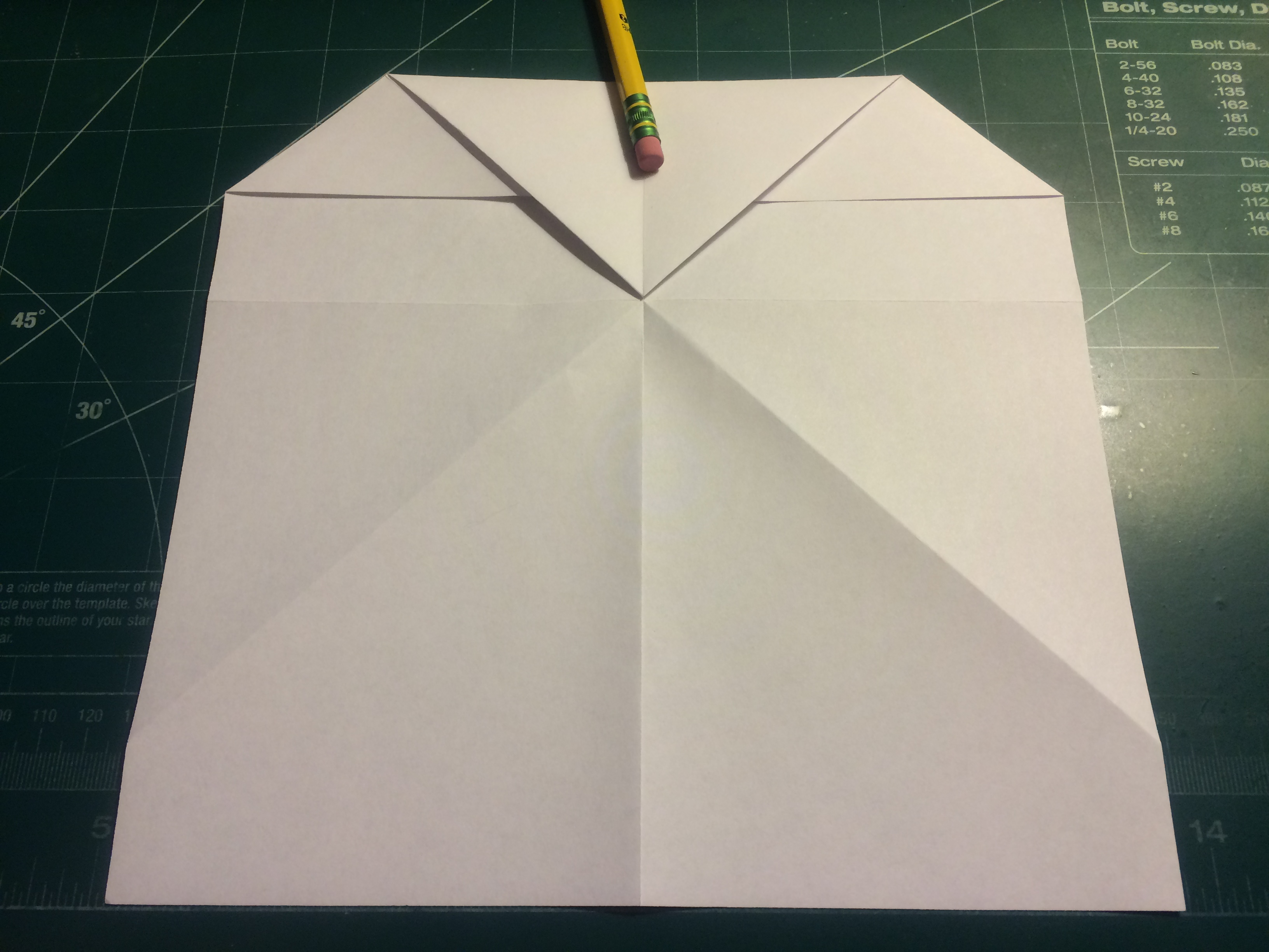 Picture of Corner and Nose Folding