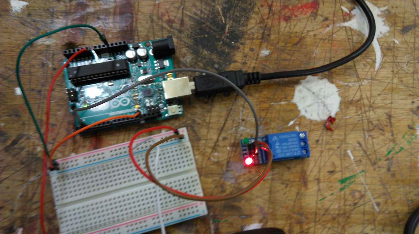 Picture of Connect the Relais to the Arduino