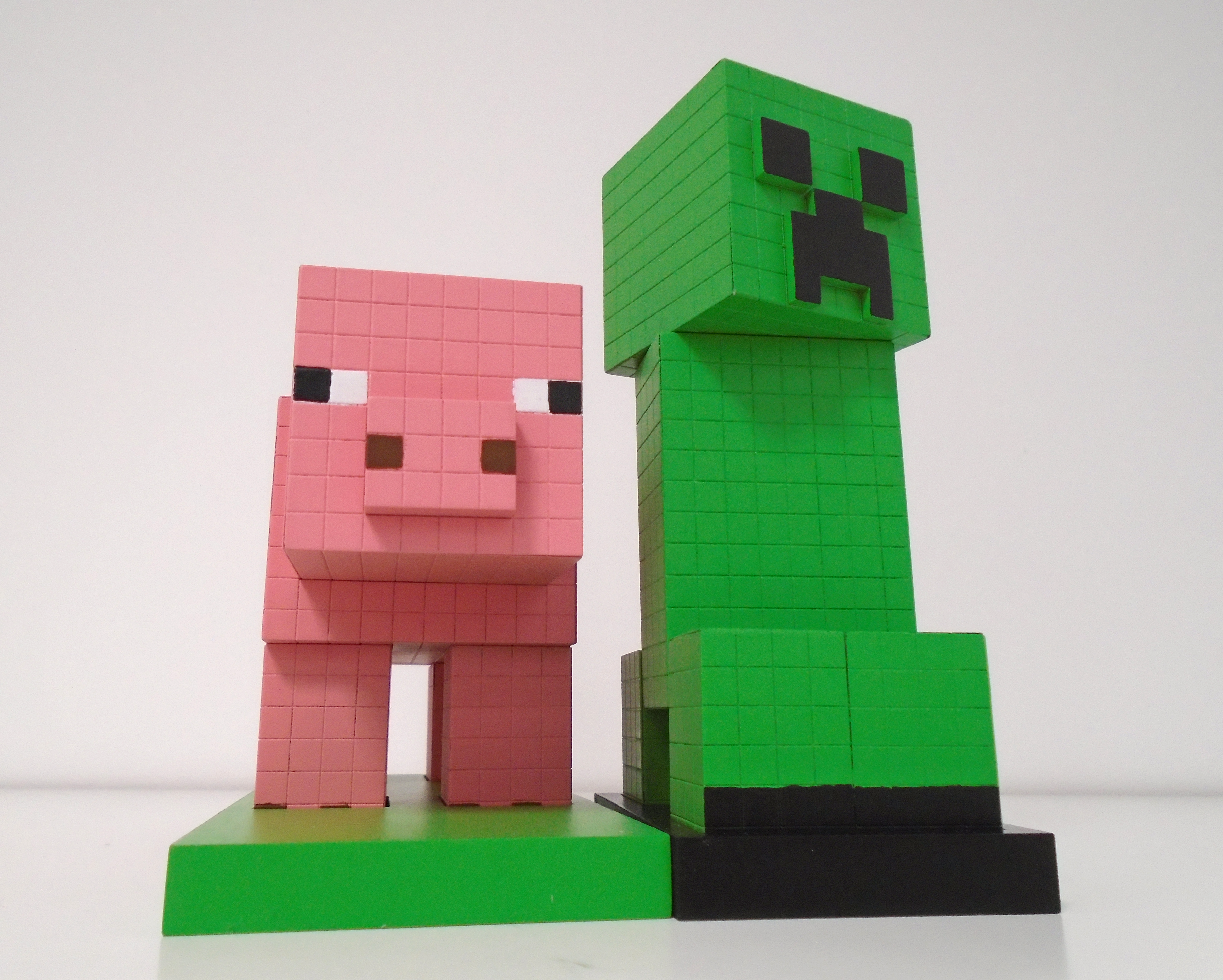 Picture of Minecraft: Pig & Creeper Models