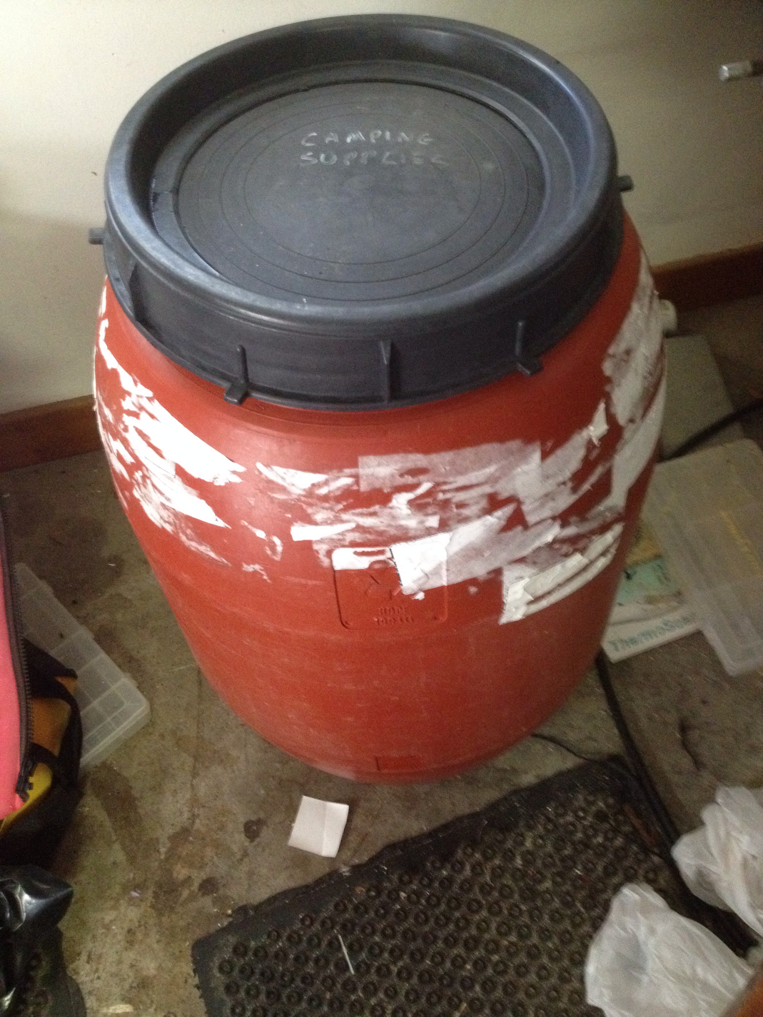 Picture of Find Rain Barrel With Screw Top