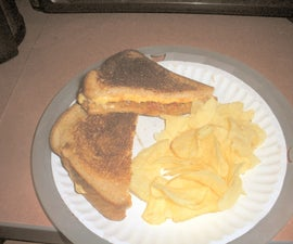 grilled chilli and cheese sandwich