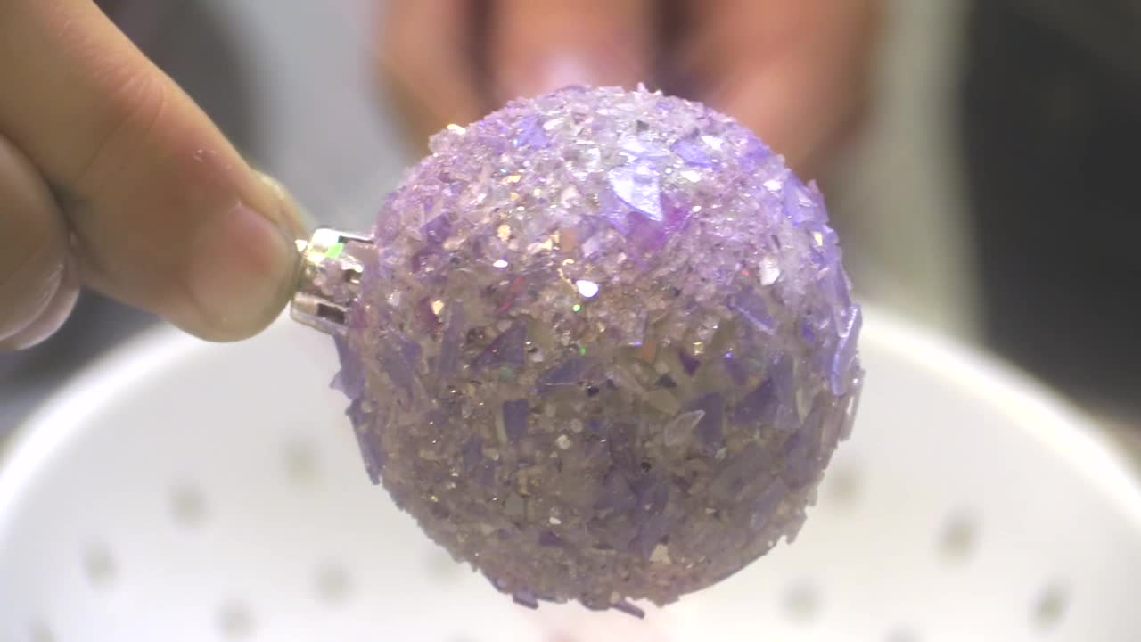 Picture of Homemade Glitter: a Tutorial