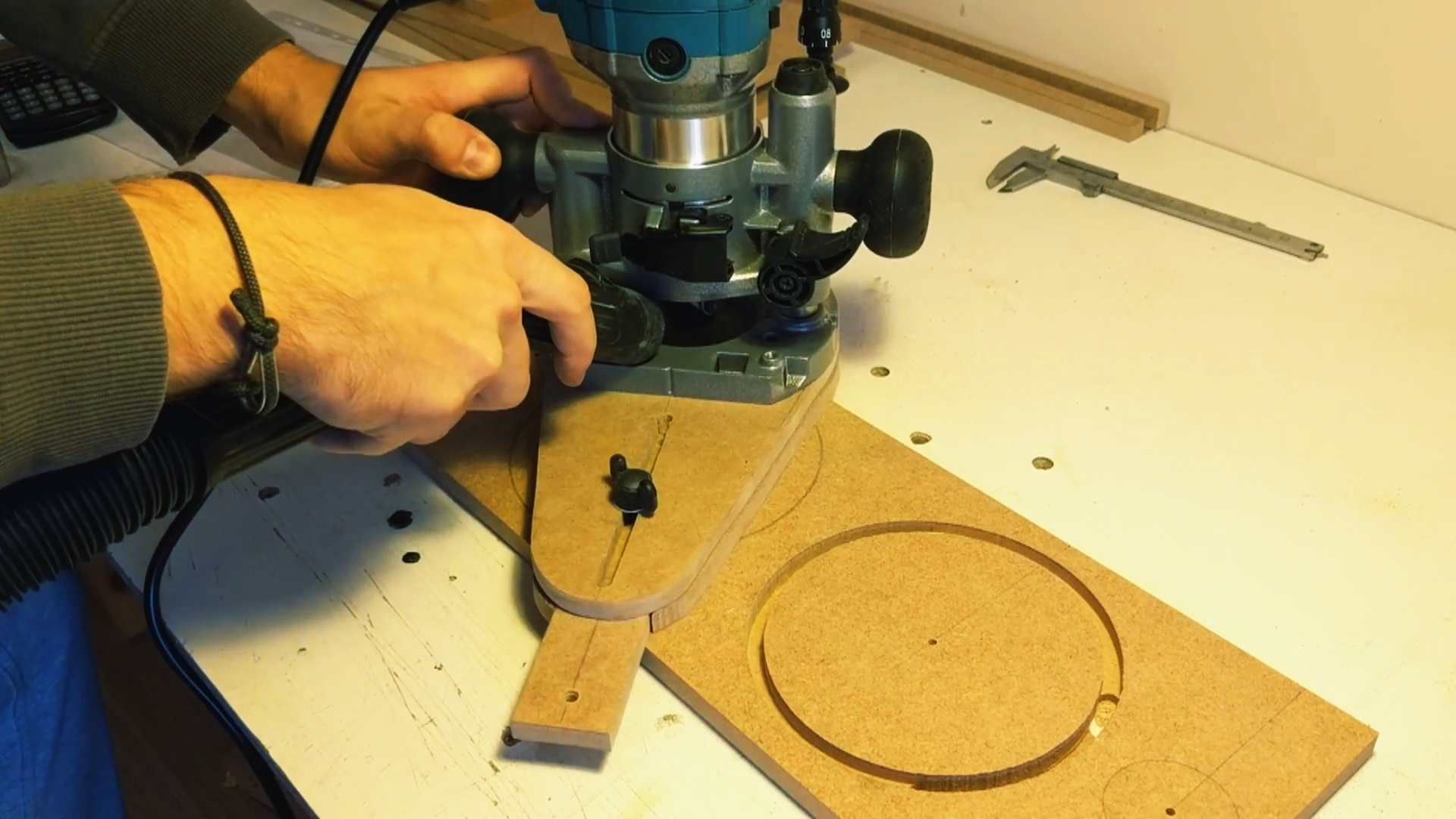 Picture of Cutting Out the Circles