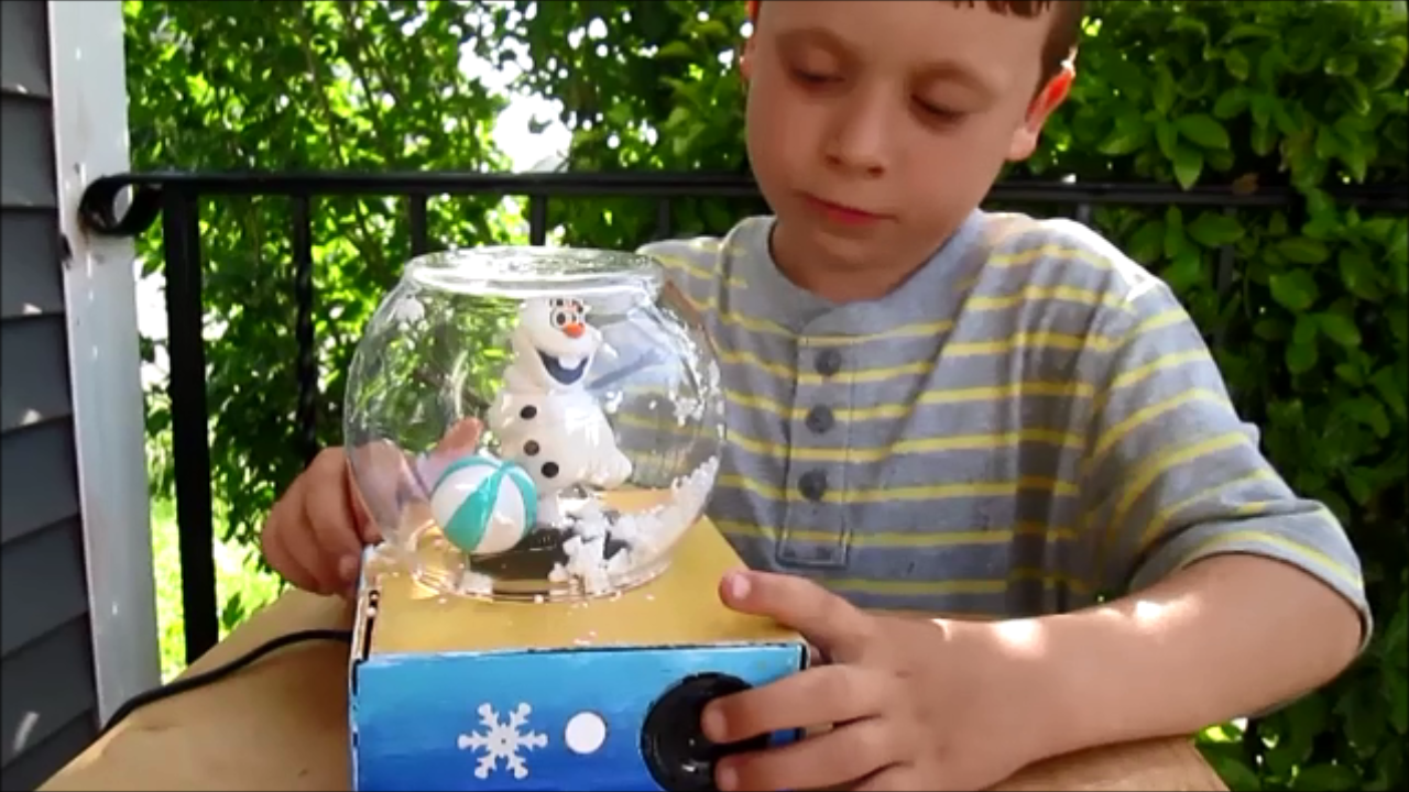 Picture of Frozen Snow Globe