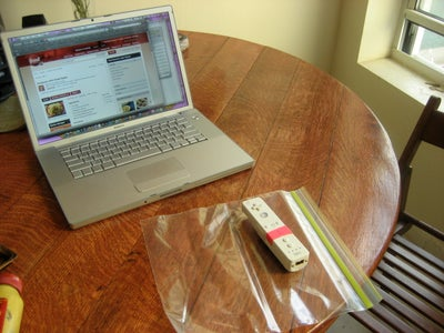 Simple Kitchen Computing Interface: Wiimote + Laptop