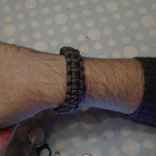 Paracord Bracelet Without Buckles!