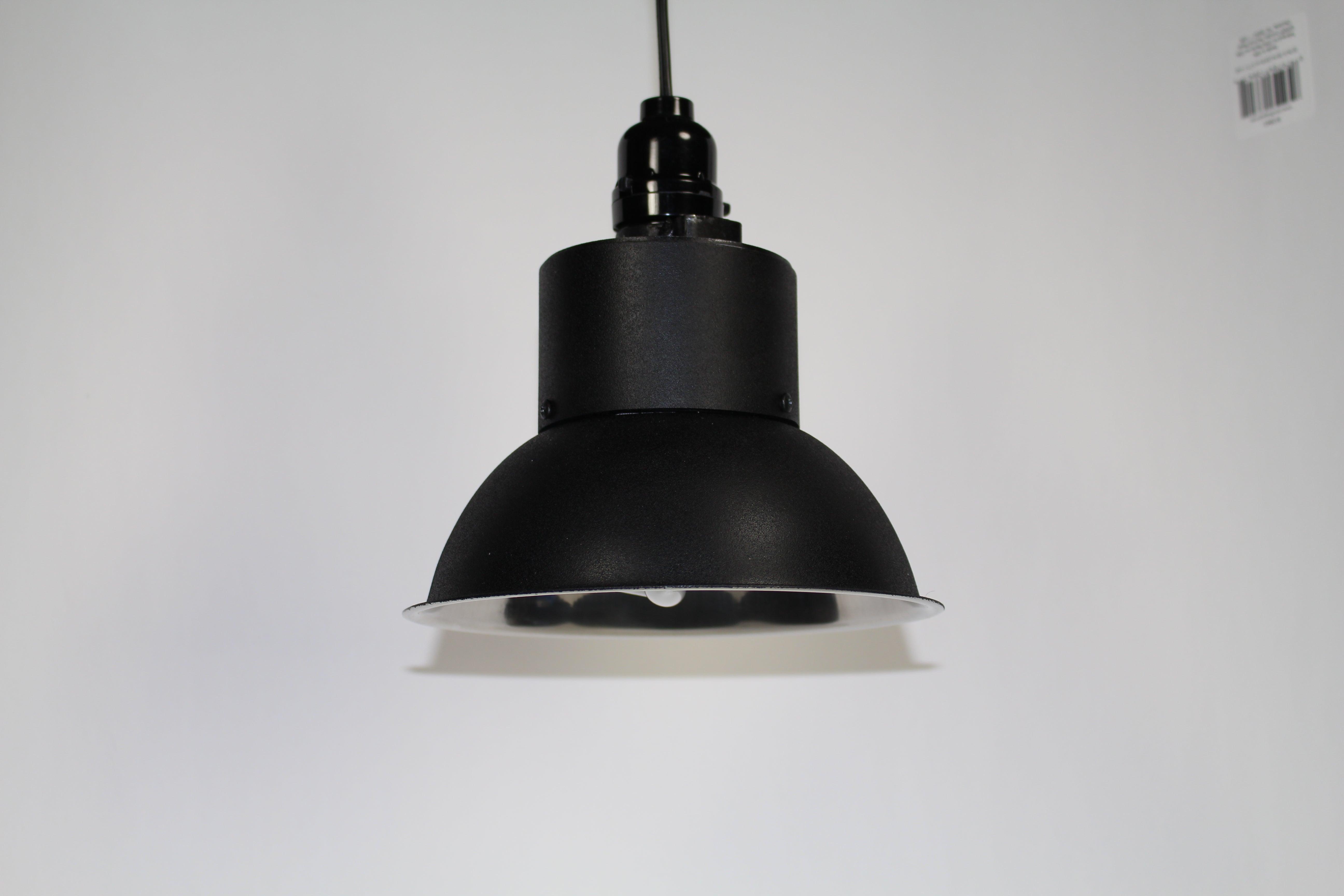 Dirt Cheap DIY CFL Reflector : 5 Steps - Instructables