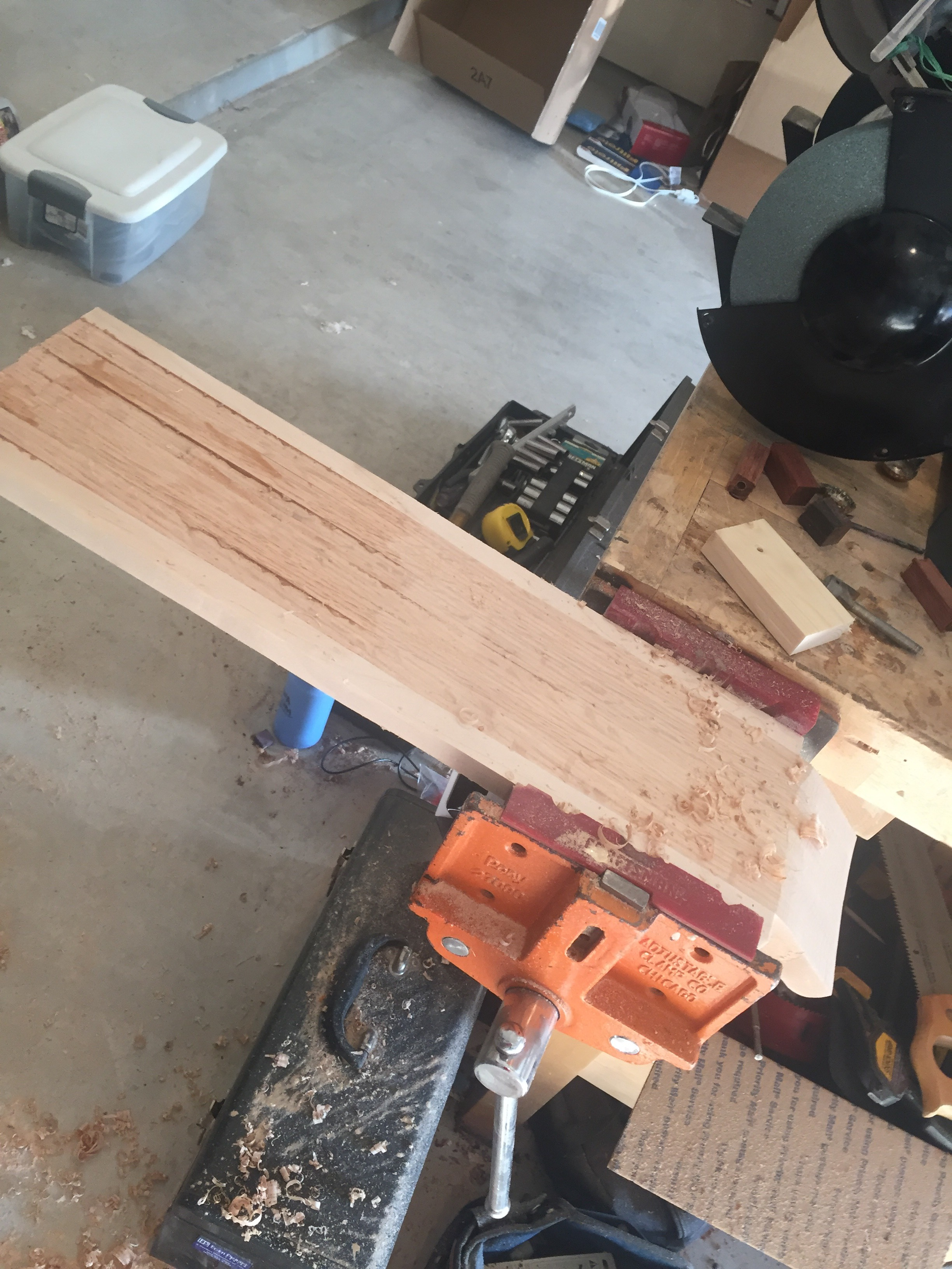 Picture of Flatten Back of the Board for Cutting