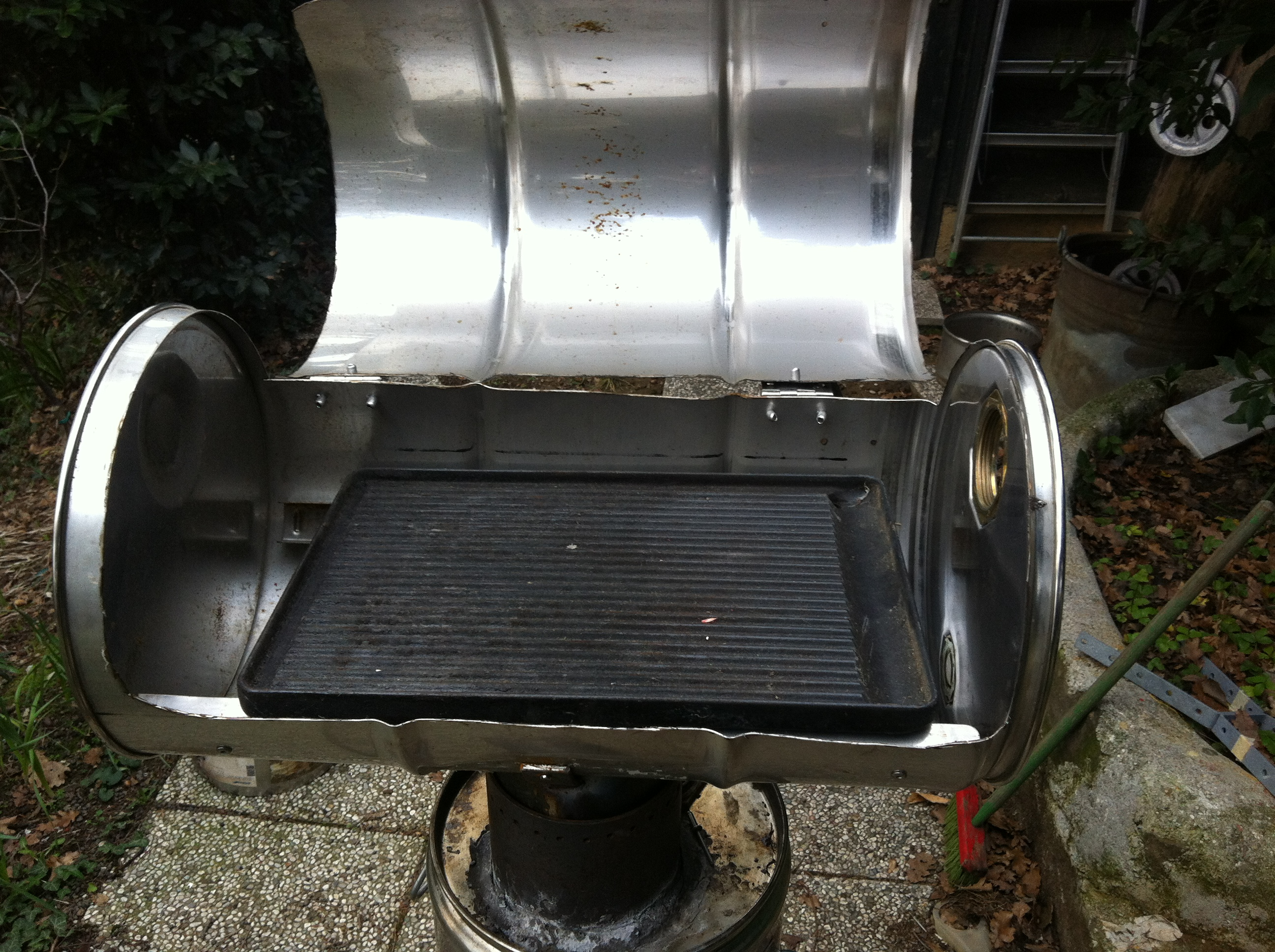 Picture of Rocket Stove and BBQ