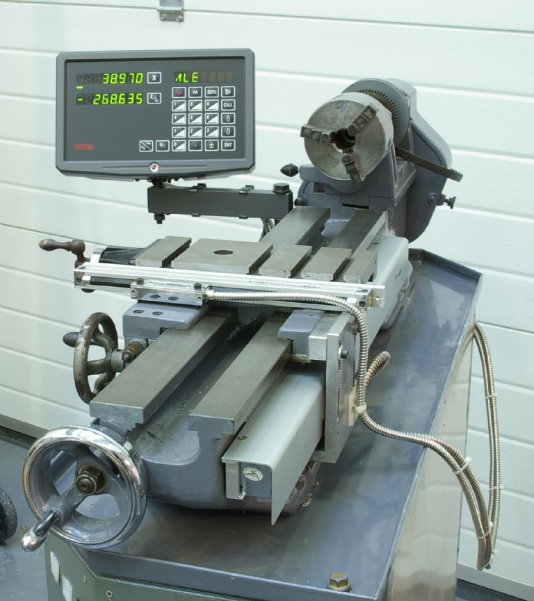 Picture of How to Fit a Digital Readout to a Lathe