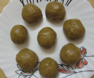 Healthy Green Gram Laddu