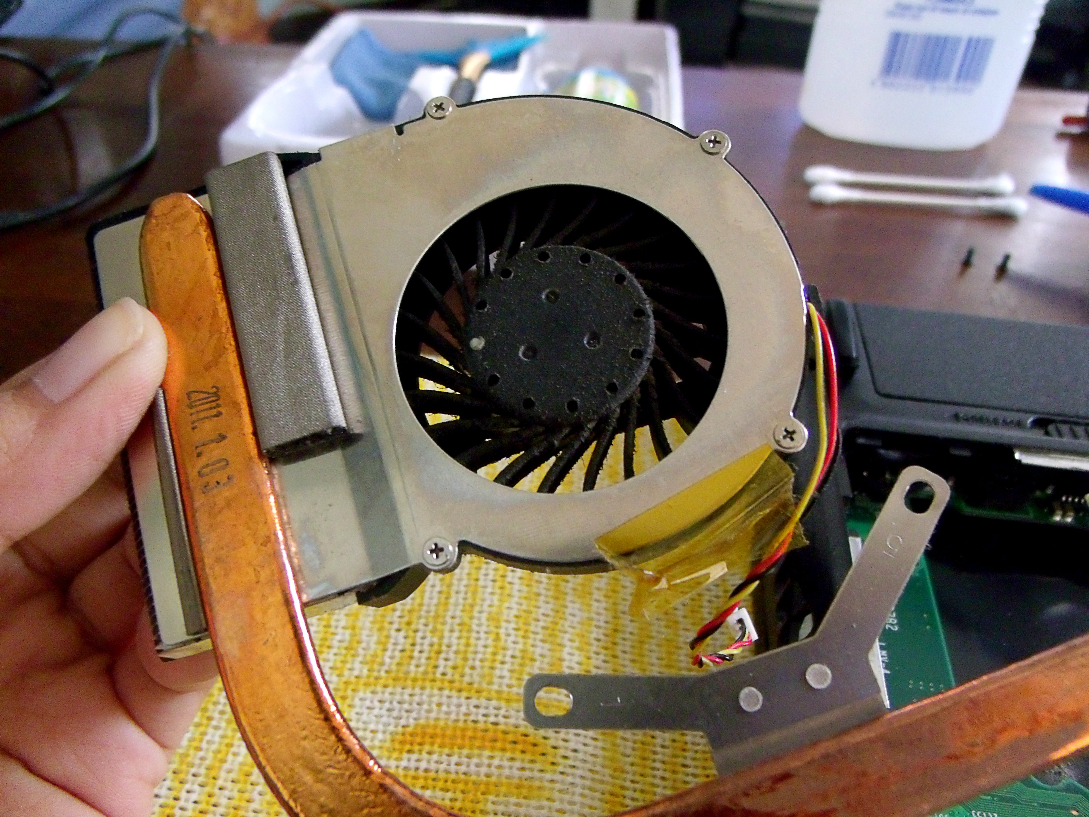 How To Clean Laptop Fan And Apply Thermal Paste On Cpu And Gpu 10 Steps With Pictures Instructables